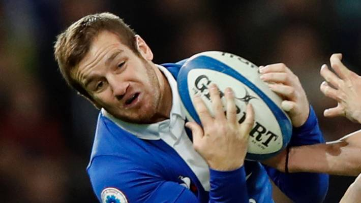 France change half-back pairing for Scotland clash