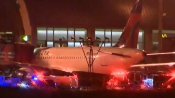 Contractor Killed When Airplane Tire Explodes at John Wayne Airport