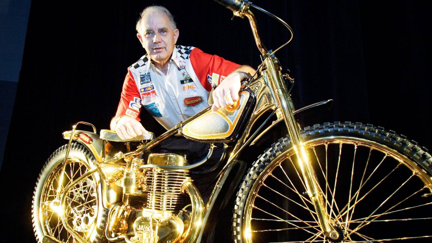 Speedway champion Ivan Mauger's ashes rest in spiritual home