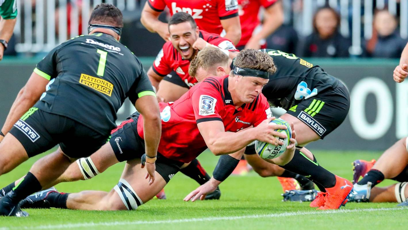 Super Rugby: Crusaders thump Hurricanes in Christchurch to continue streak