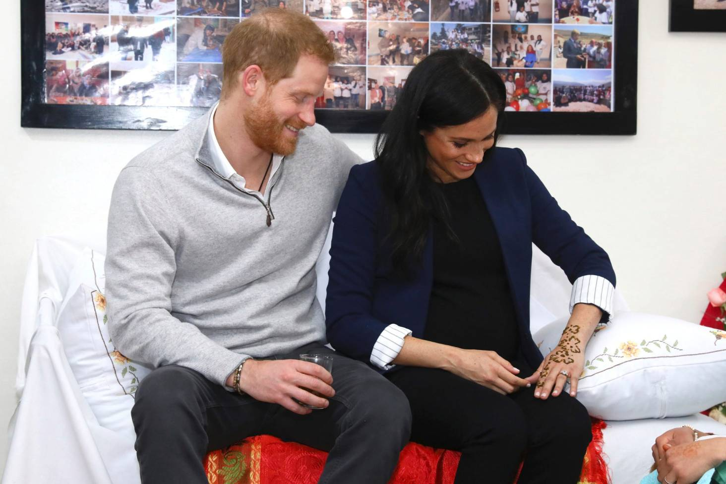 d7c45877d Duchess of Sussex gets henna 'tattoo' - and language prize - on Morocco  trip | Stuff.co.nz