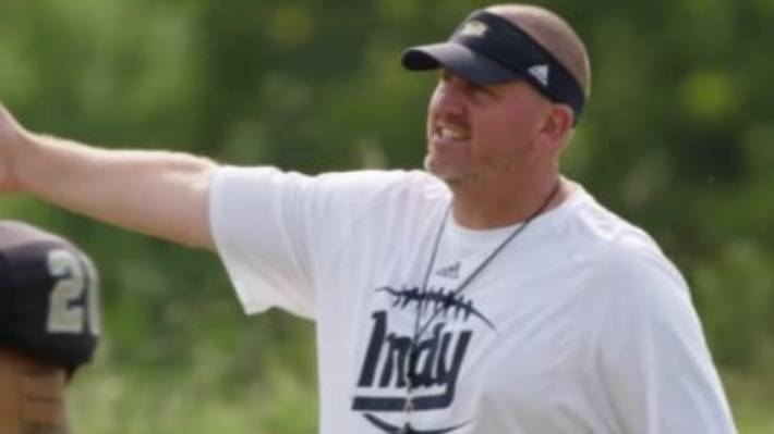 'Last Chance U' coach resigns after inflammatory texts to player