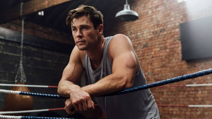 Celebrity Health: THe app is full of soid content, and I don't just mean moody pictures of Chris Hemsworth in a tank top.