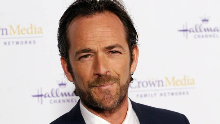 'Beverly Hills, 90210' actor Luke Perry dead at 52