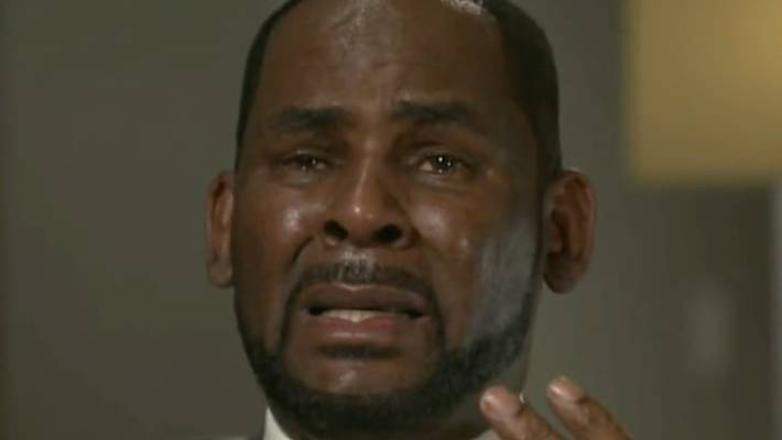 R Kelly Breaks Down As He Speaks Out After His Arrest