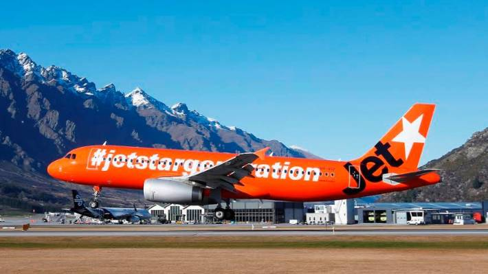 check out d8ad8 bdcef Jetstar drops Wellington-Dunedin flights and ups Queentown service