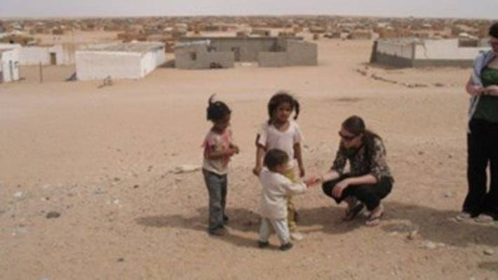 In 2008 Prime Minister Jacinda Ardern met children at a Western Sahara refugee camp in Algeria.