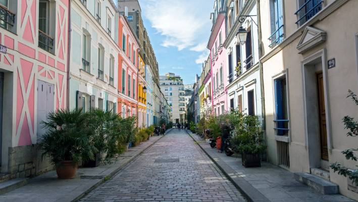 Locals Are Sick Of Tourists Flocking To This Street In