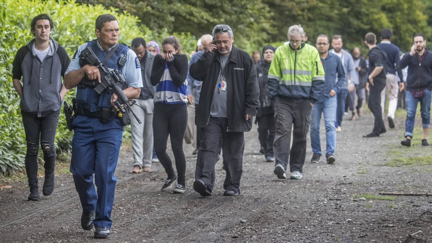 Mosque Shooting Christchurch Detail: Christchurch Mosque Shooting Witnesses Say Gunfire 'like