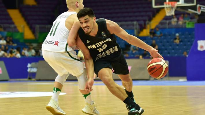 Shea Ili on the drive for the Tall Blacks