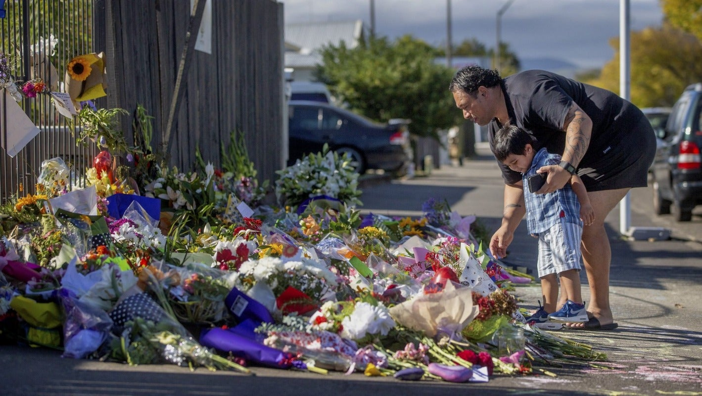 Shooting In Christchurch Picture: Manawatū Shows Solidarity For Christchurch Shooting