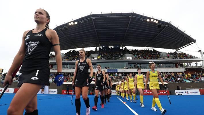 New Zealand scored an upset 3-1 victory over Australia in the women's international in Sydney.