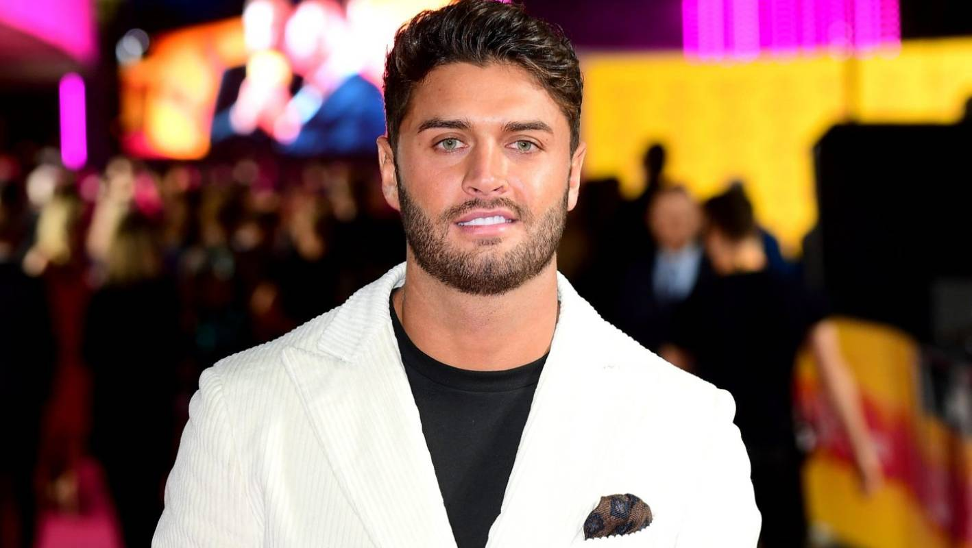 Love Island reality star Mike Thalassitis dies at 26 | Stuff
