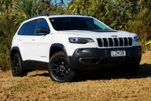 Jeep has abandoned the squinty lights of the Cherokee for a more traditional look.