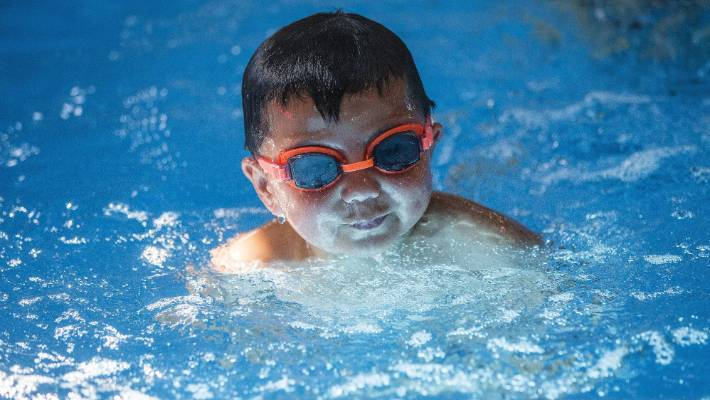 Palmerston north contemplates free swims for under 5s for Palmerston north swimming pool