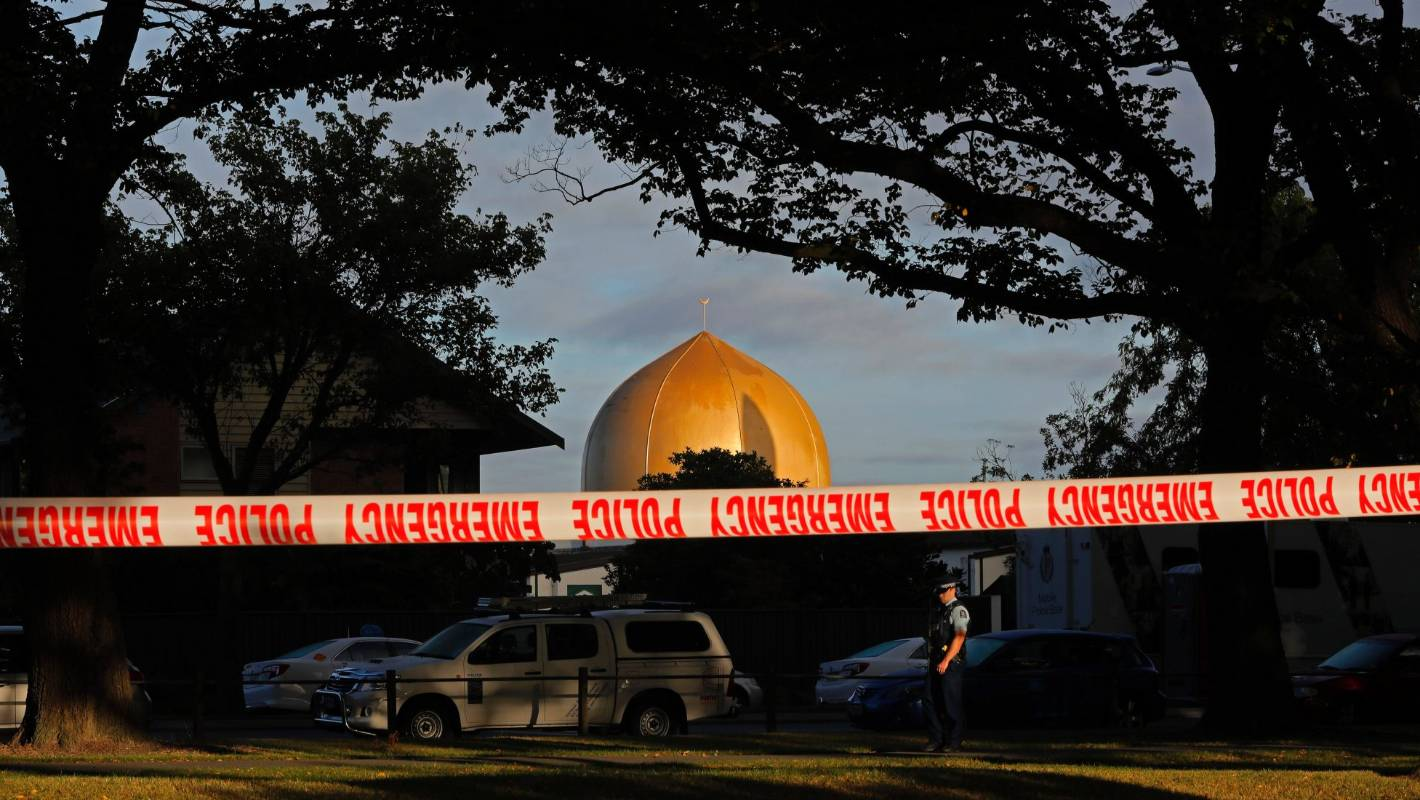 Businesses rally to help reopen Christchurch mosque after mass shooting