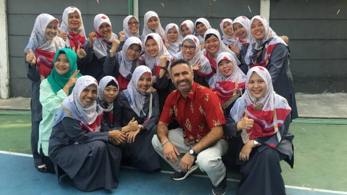 Teacher Brent Strathdee-Pehi in Al Asahr SMA 19 school in Jakarta, Indonesia. He visited Indonesia twice and the Muslims there inspired him to convert to Islam.