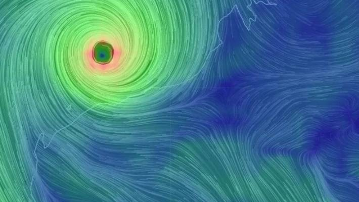 Cyclone Trevor set to hit NT as category 4