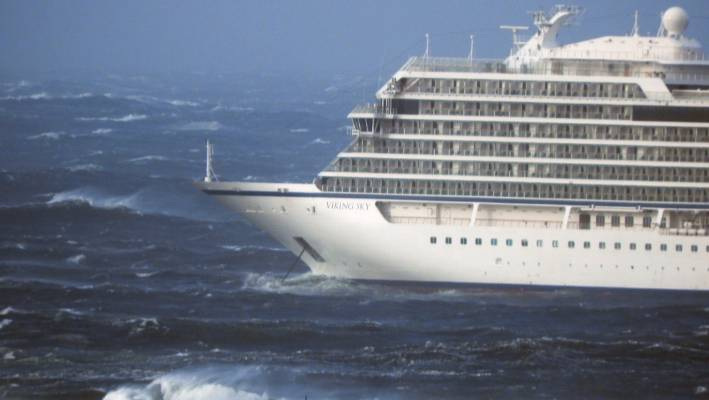 Helicopters rescue cruise ship passengers after stormy seas cause engine failure