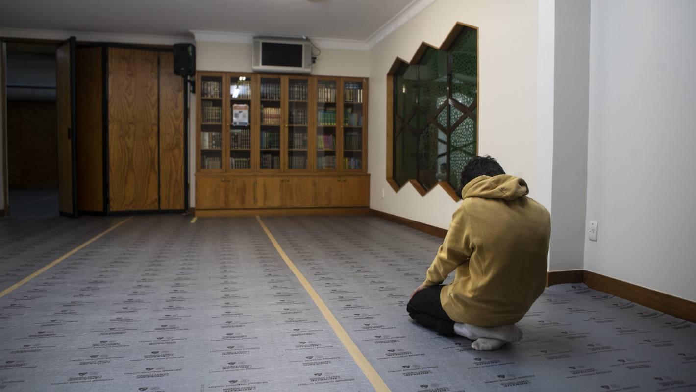 prayer resumes at christchurch u0026 39 s al noor mosque  helping