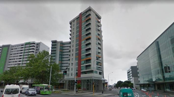 Apartment with plummeting value shows problems of leasehold