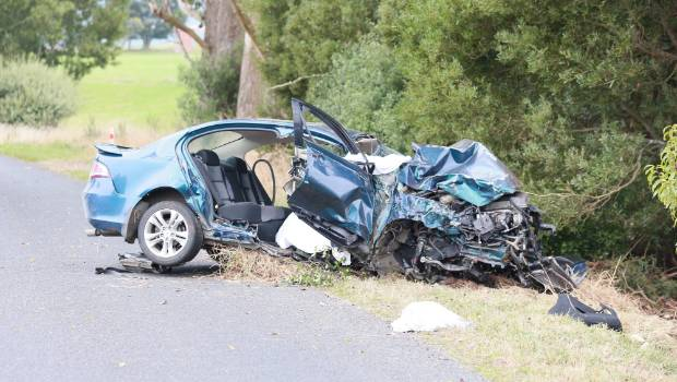 Nine dead in three crashes, including five members of one