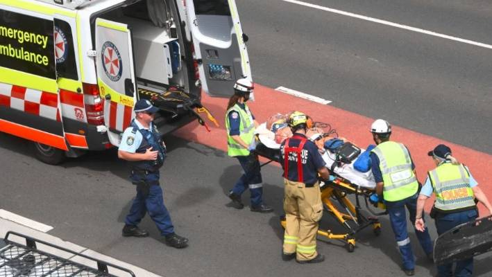 Worker dies after Sydney scaffolding collapse, another