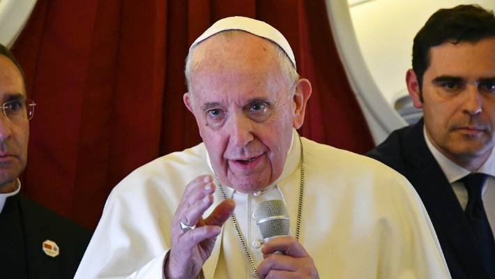 Hairdressers must stop gossiping - Pope Francis | Entertainment 2019-04-30