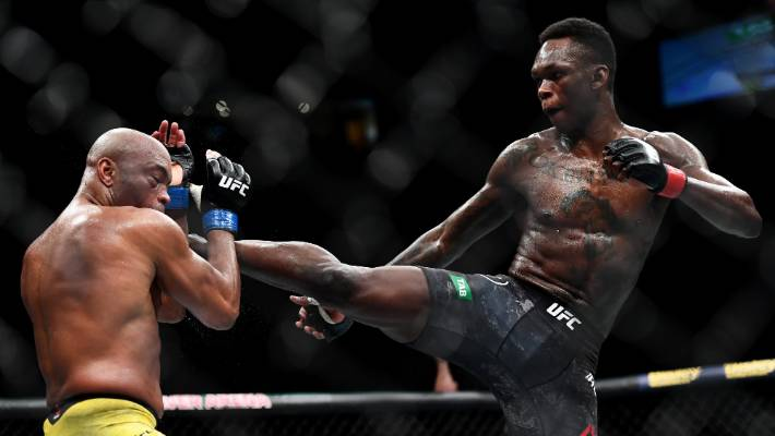 Adesanya storms home to earn UFC title shot