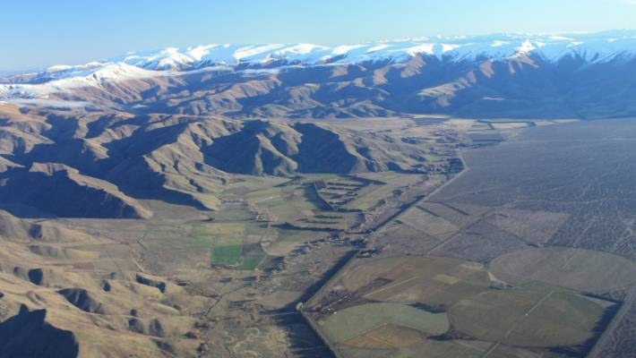 The changing landscape of the Mackenzie Basin was just one reason why Land Information New Zealand (Linz) staff advised Conservation and Land Information Minister Eugenie Sage to rethink or stop tenure review. (File)