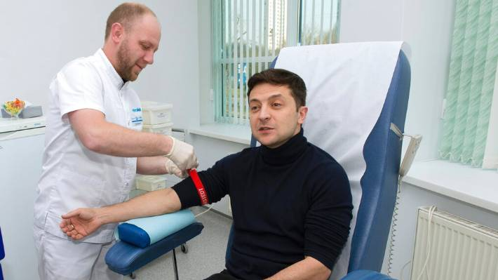 Ukraine's presidential rivals roll up sleeves for drug tests