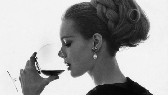 How to smell like an open fire and a glass of wine