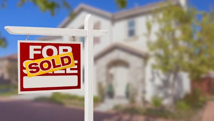 New Zealand house sales slump 11 per cent