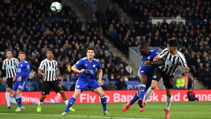 Newcastle win away with Perez header at Leicester