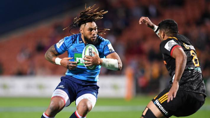 Nonu on the charge for the Blues against the Chiefs