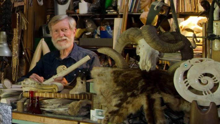 We Were Taking Our Easter Walk In Owen >> Renowned Bone Carver Owen Mapp Heading To Mōkau This Easter Stuff