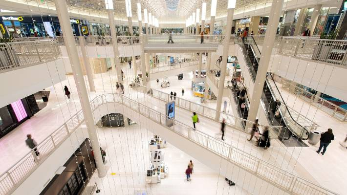 Donations pour in for boy thrown from Mall of America balcony