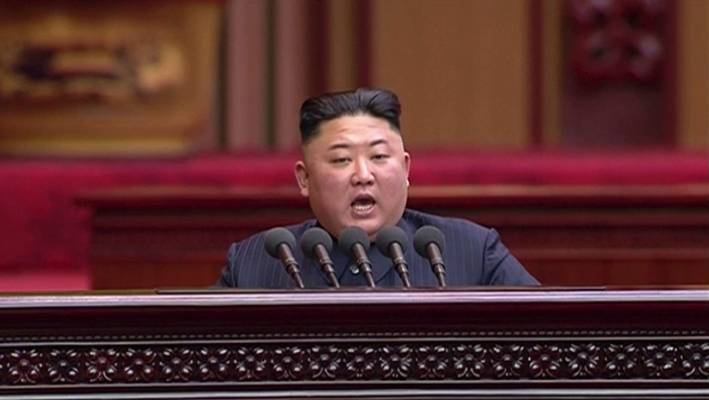 Kim Jong Un oversees test of new weapon with 'powerful warhead'
