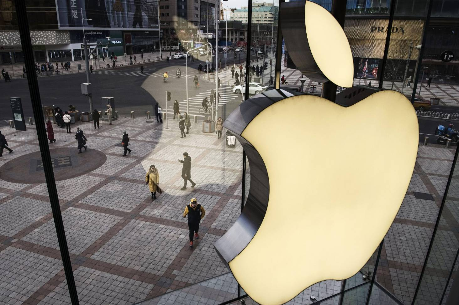 Supreme Court rules against Apple, allowing lawsuit