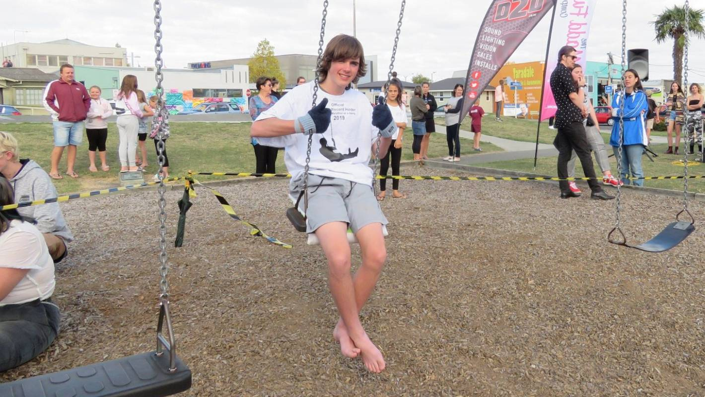 Hawke's Bay teen Charlie O'Brien breaks world swinging record