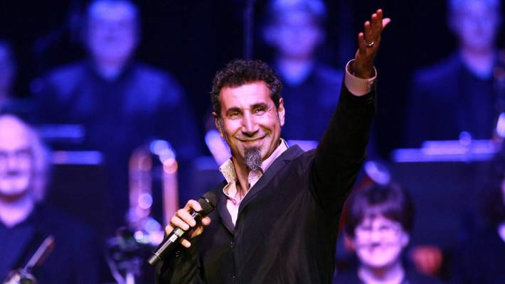 Serj Tankian performs with the Christchurch Symphony at the CBS Arena in 2014. (File photo)