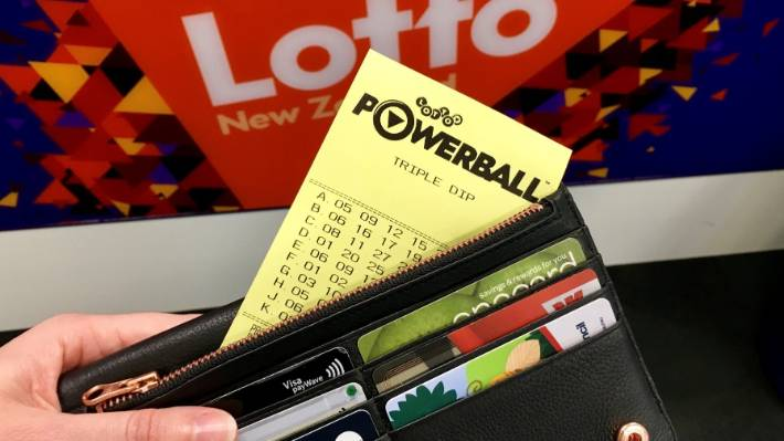 Lucky Aucklander pockets $5.3 million in Lotto Powerball draw