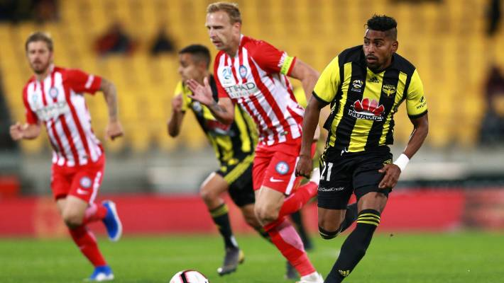 Wellington Phoenix can't afford to lose strikers Roy Krishna and David Williams