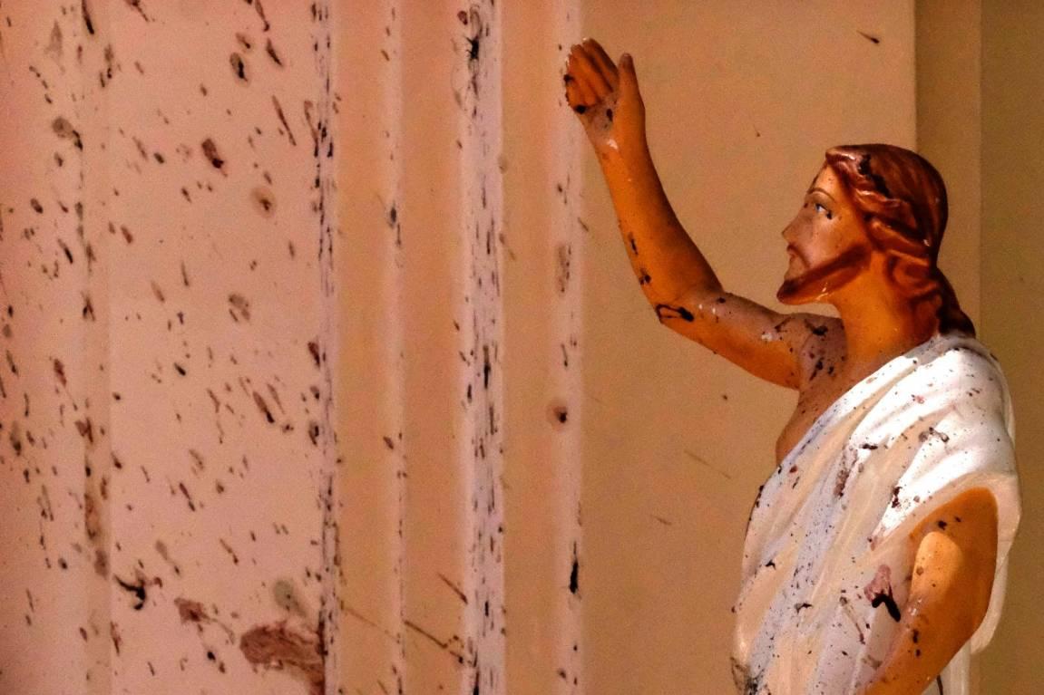 Sri Lanka attacks: Bombs kill at least 290, injure hundreds at