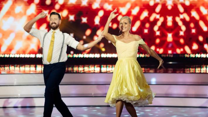 Dancing With The Stars Recap The First Elimination Is Here Stuff
