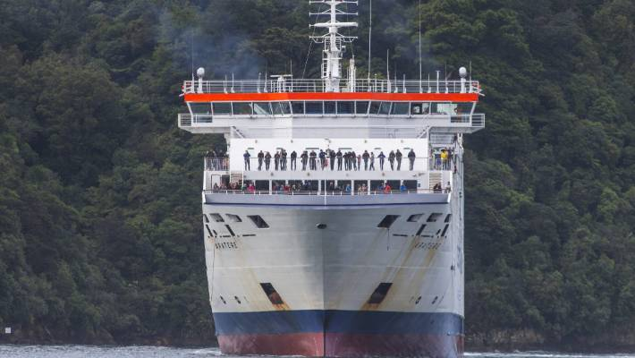 The Aratere carries 600 passengers. The Interislander's new ferries will carry 1800 passengers as well as 40 rail wagons.
