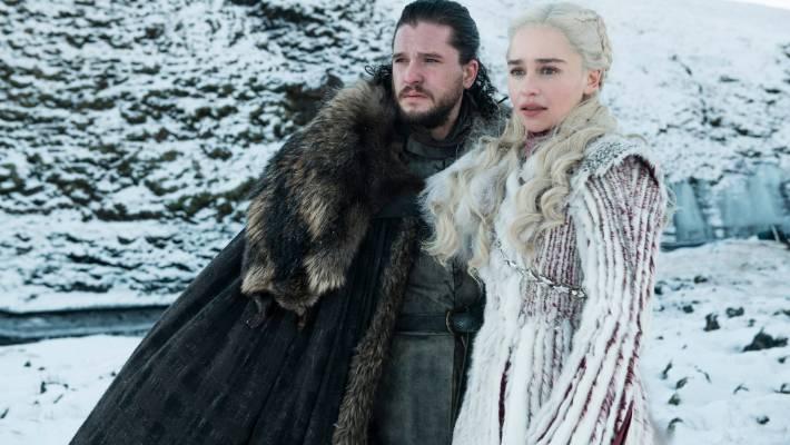 Emilia Clarke and Kit Harington in Game of Thrones.