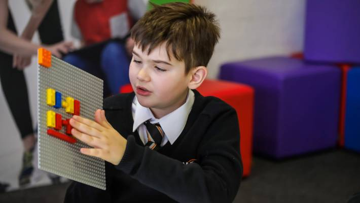 How Lego is helping children with sight loss - CBBC Newsround