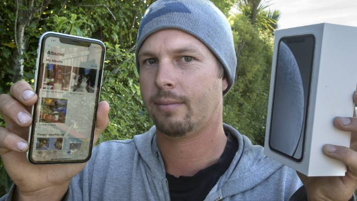 New iPhone gives Geraldine man access to former user's life
