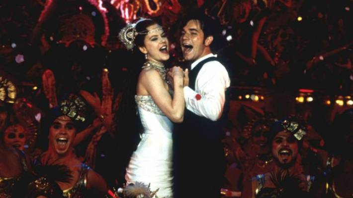 Nicole Kidman and Ewan McGregor made dance and dance in Moulin Rouge!